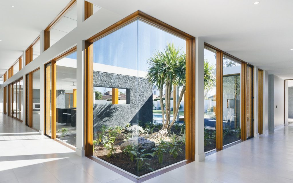 Lesena okna standardne dimenzije