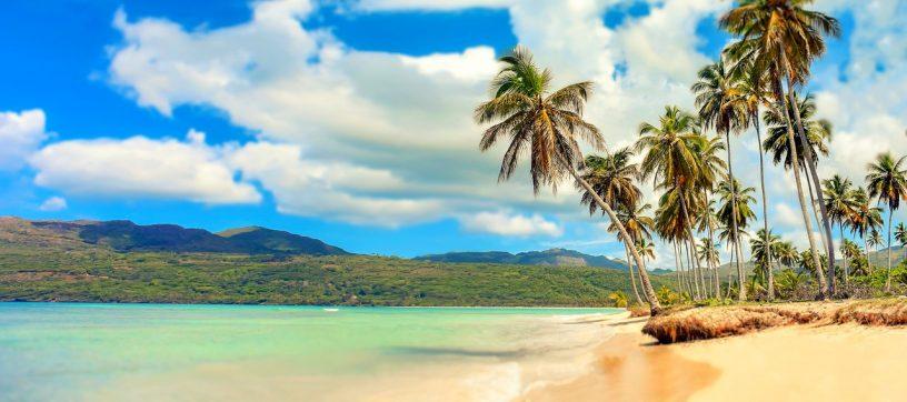 Peščena plaža v Dominikanski republiki