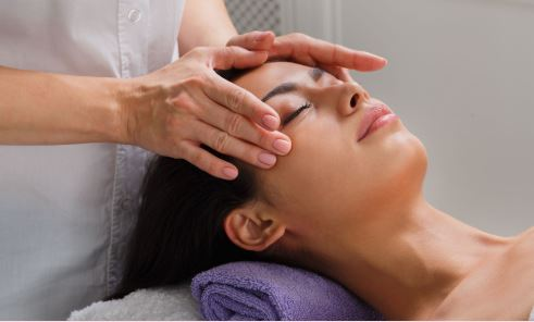 Strokovna masaža kože