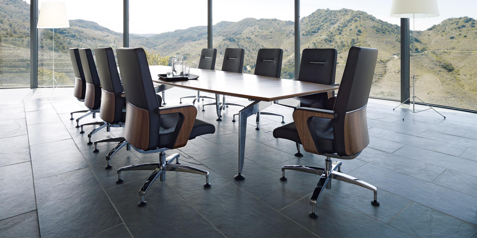 stoli za pisarne