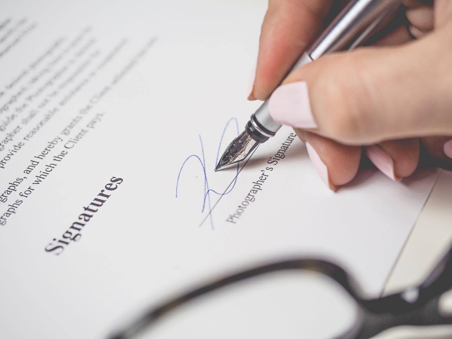 Dedovanje - svetovanje odvetnika